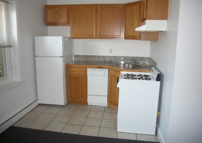 115_Middle_Alley_Apt_2_kitchen