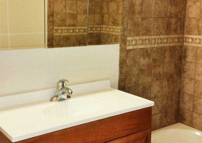 231_Sharpless_St._Apt_2F_3B_bathroom