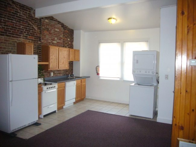 9 North Walnut Street Apt 1