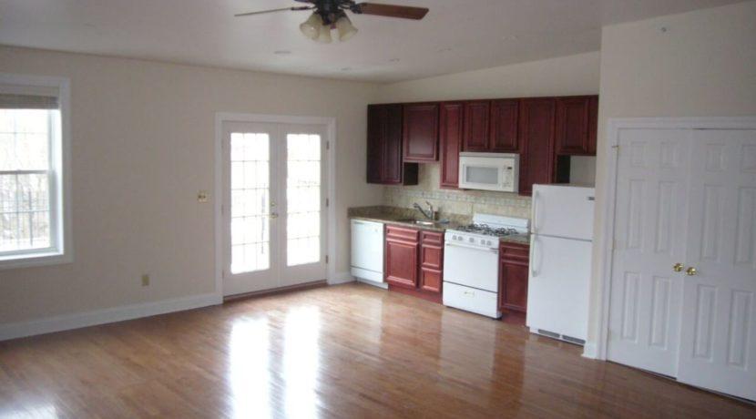 living_kitchen2