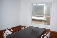 kitchentable2