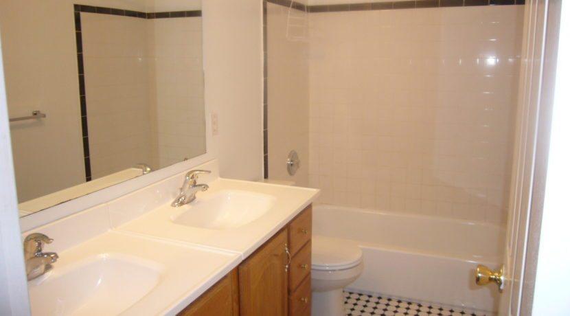 bathroom1a