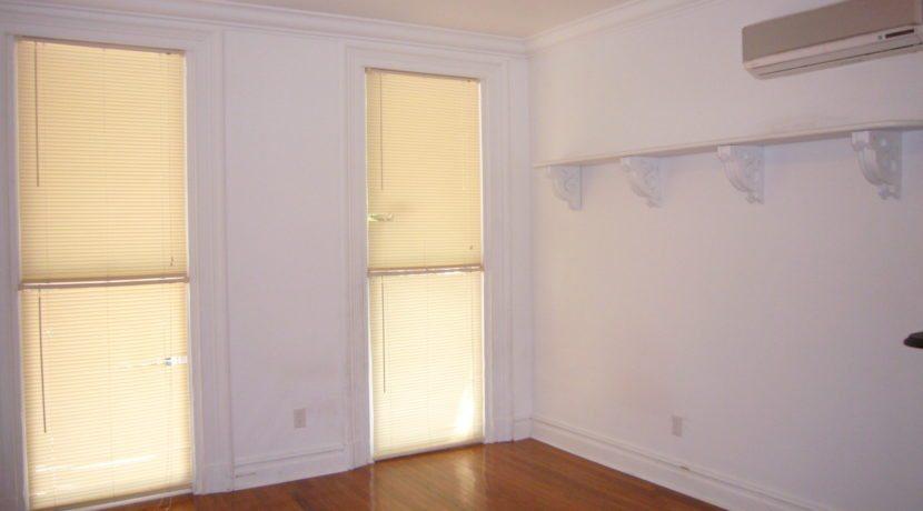 Livingroom9