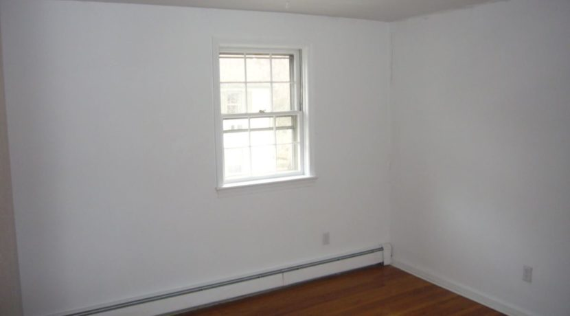 bedroom2R