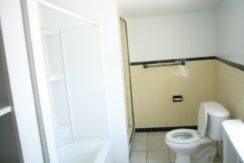 Bathroom2a