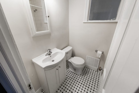 102 North New Apt #1_bathroom only_001
