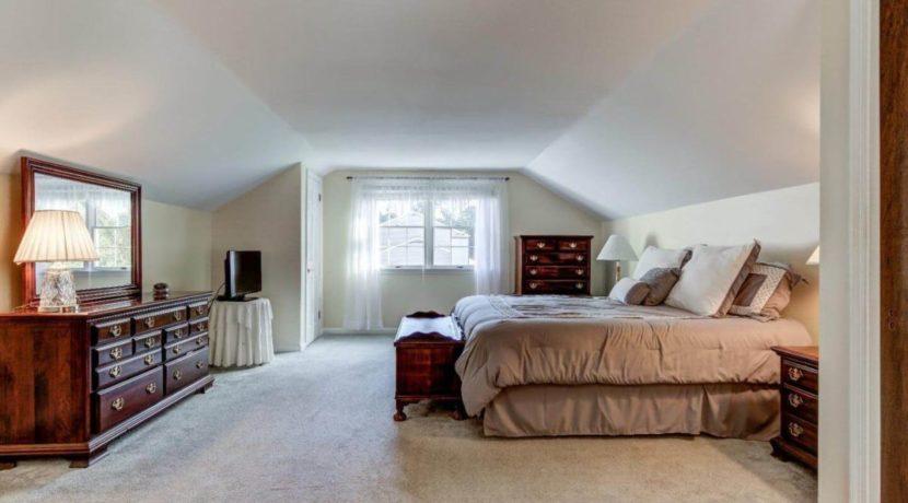943-jefferies-bridge-road-bedroom-west-chester-home-for-sale-zukin-realty