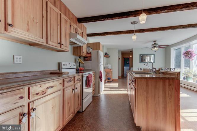 1485-telegraph-rd-honeybrook-kitchen-zukin-realty