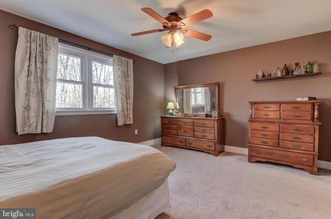 master-bedroom-2-1485-telegraph-rd-honeybrook-pa-for-sale-zukin-realty
