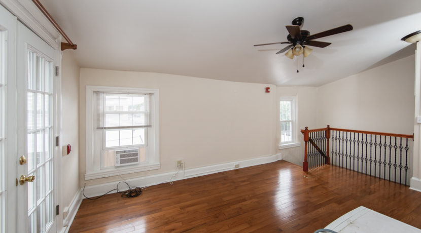 152 East Gay St #3_001