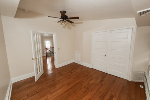 152 East Gay St #3_008