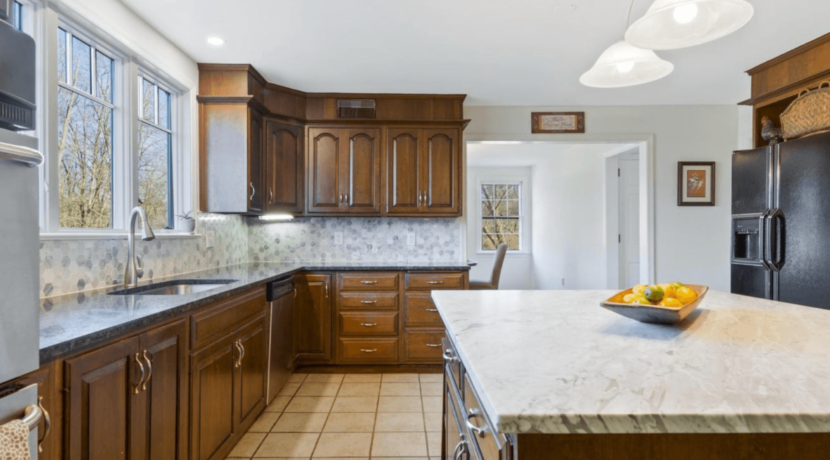 331-ridley-creek-lane-west-chester-pa-for-sale-interior-9